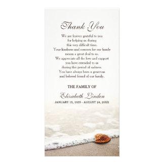El Seashell en la condolencia de la playa el | le Plantilla Para Tarjeta De Foto