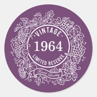 El sello blanco del vino de la vid del vintage, pegatina redonda