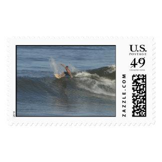 El sello de la persona que practica surf