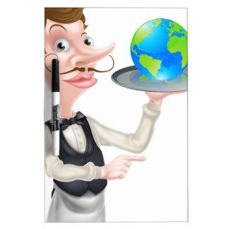El señalar del camarero del globo pizarras blancas de calidad
