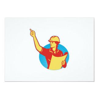 """El señalar femenino del trabajador de construcción invitación 5"""" x 7"""""""