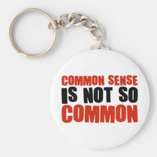 El sentido común no es tan común llavero redondo tipo pin