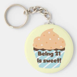 El ser 21 es camisetas y regalos dulces del cumple llavero redondo tipo pin