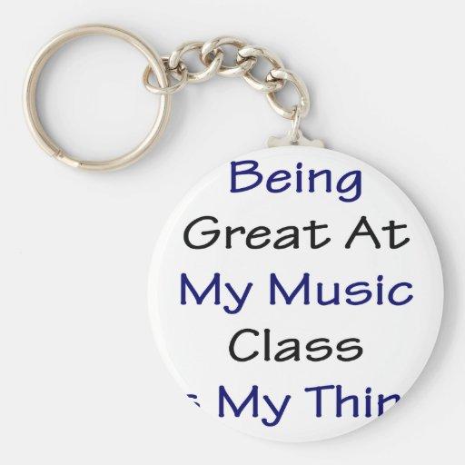El ser grande en mi clase de música es mi cosa llavero redondo tipo pin