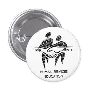 El ser humano mantiene el botón de la educación pin