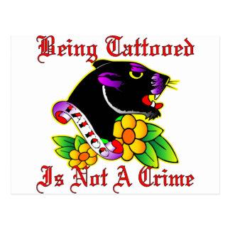 El ser Tattooed no es un crimen Postal