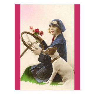 Él siempre me da las flores tarjetas postales
