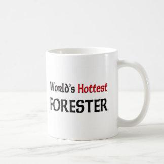 El silvicultor más caliente de los mundos taza básica blanca