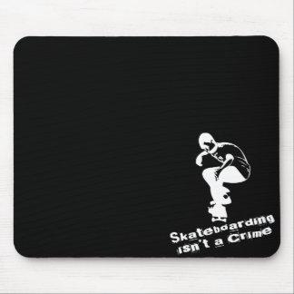El Skateboarding no es un crimen Tapete De Ratón