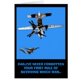 El skydiving divertido tarjeta de felicitación