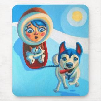El Sledding con el perro esquimal Mouse Pad