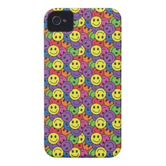 El smiley hace frente al modelo retro del hippy iPhone 4 Case-Mate cobertura