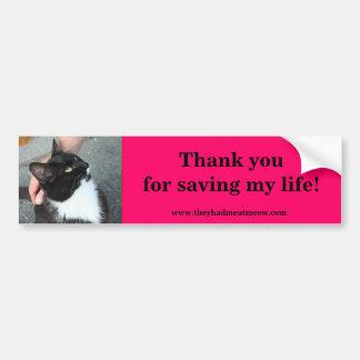 El smoking dice:  Gracias por ahorrar mi vida Etiqueta De Parachoque