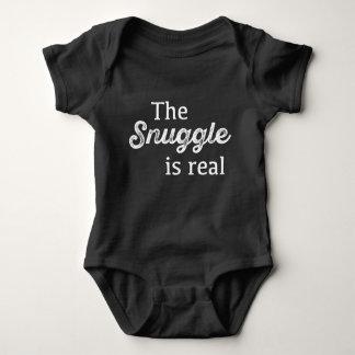 El Snuggle es divertido real Camisas