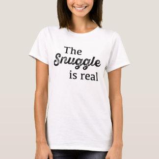 El Snuggle es divertido real Playera