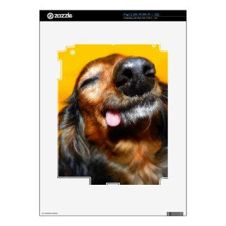 El Snuggle fastidia las sonrisas de Mackenzie iPad 2 Skin