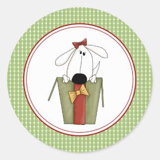 El sobre del perrito del navidad sella a los pegatina redonda