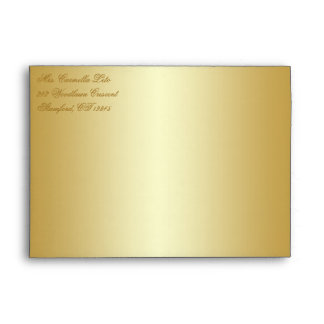 El sobre floral del oro cabe productos del tamaño
