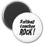 ¡El softball entrena la roca! Imán