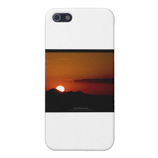 El sol 004 - puesta del sol en las montañas iPhone 5 cárcasas