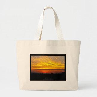 El sol 008 - puesta del sol en la ciudad bolsa tela grande