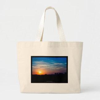 El sol 011 - puesta del sol en la ciudad bolsa tela grande