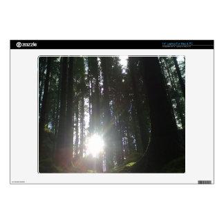 El sol en el bosque portátil skin