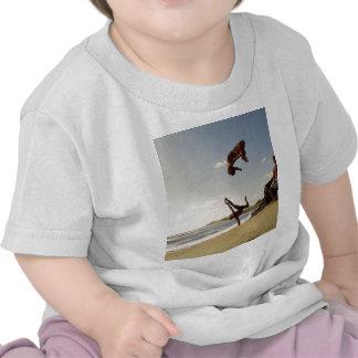 El sol naciente camiseta