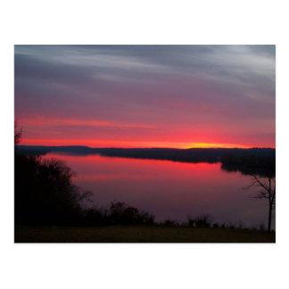 El sol que sube sobre el condado de Crittenden, KY Tarjetas Postales