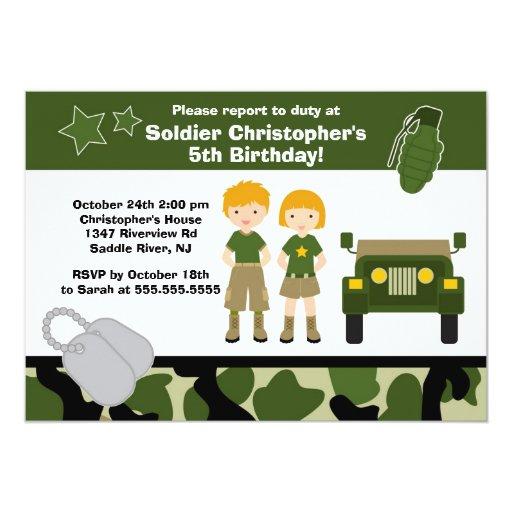 """El soldado del camuflaje del ejército embroma a la invitación 5"""" x 7"""""""
