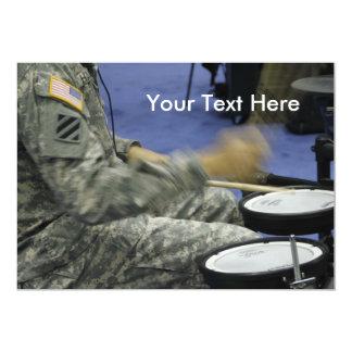El soldado militar teclea idea de la música de la invitación 12,7 x 17,8 cm