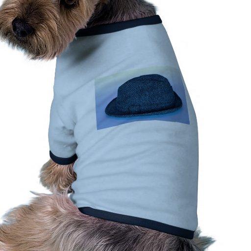 El sombrero de fieltro del hombre camisetas de perrito
