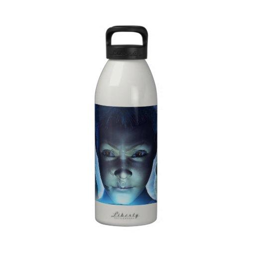 El sonido y los ecos botellas de agua reutilizables