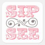El sorbo rosado y ve los sellos del sobre de la pegatinas cuadradases personalizadas