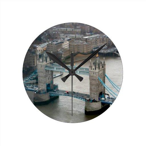 ¡El sorprender! Puente Londres de la torre Relojes