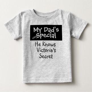 El Special de mi papá T-shirts