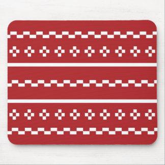 El suéter del navidad rojo y blanco mouse pads