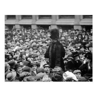 El Suffragette golpea la calle: los años 10 Postal