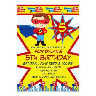 El super héroe embroma invitaciones de la fiesta comunicados personalizados