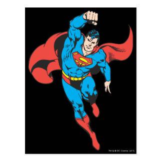 El superhombre dejó el puño aumentado tarjetas postales