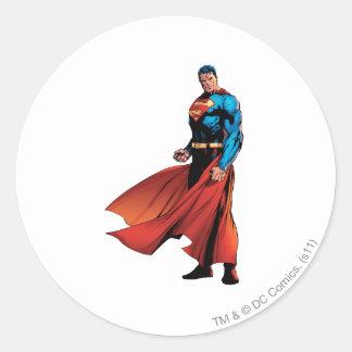 El superhombre parece delantero pegatina redonda