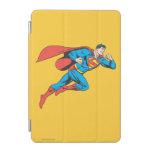 El superhombre salta a la derecha cubierta de iPad mini