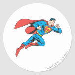 El superhombre salta a la derecha pegatinas redondas