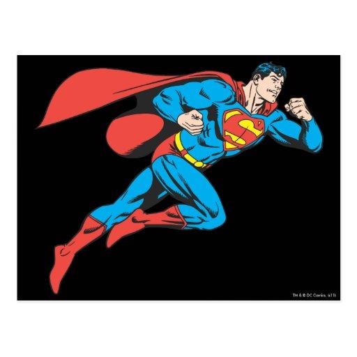 El superhombre salta a la derecha postal