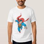 El superhombre salta adelante remeras