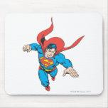 El superhombre salta adelante tapete de raton