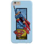 El superhombre salta para arriba con el logotipo funda de iPhone 6 plus barely there