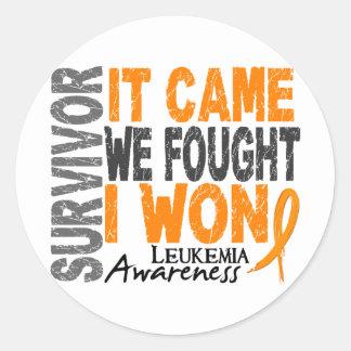 El superviviente de la leucemia que vino nosotros pegatina redonda