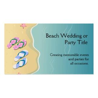 El suyo/el suyo flips-flopes en el boda de playa tarjetas de visita