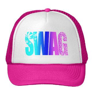El SWAG colorea el gorra